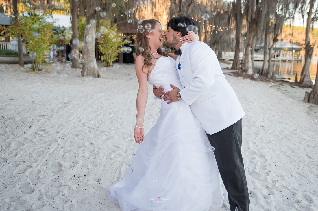 Paradise Cove Wedding Orlando Photographer Party Beach